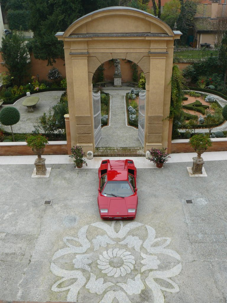 Lamborghini Countach LP 400S