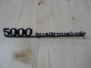 scritta 5000 Quattrovalvole